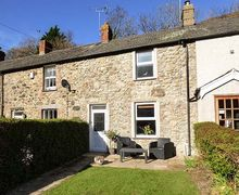 Snaptrip - Last minute cottages - Stunning Dwygyfylchi Cottage S79323 -
