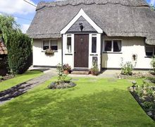 Snaptrip - Last minute cottages - Cosy Diss Cottage S17775 -