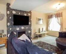 Snaptrip - Last minute cottages - Captivating Llithfaen Cottage S79469 -
