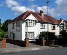 Snaptrip - Last minute cottages - Lovely Paignton Apartment S79507 -