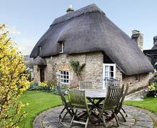 Snaptrip - Last minute cottages - Adorable Chipping Campden Cottage S79543 -