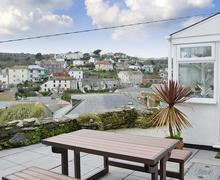 Snaptrip - Last minute cottages - Attractive Mevagissey Apartment S79568 -