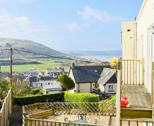 Snaptrip - Last minute cottages - Inviting Woolacombe Apartment S79587 -