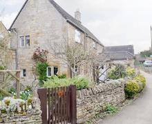 Snaptrip - Last minute cottages - Adorable Chipping Campden Cottage S79840 -
