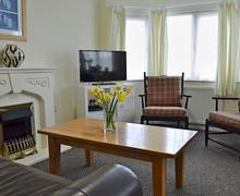 Snaptrip - Last minute cottages - Delightful Sennen Lodge S79881 -