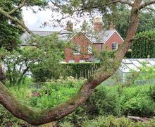 Snaptrip - Last minute cottages - Charming Ruthin Cottage S80045 -