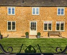 Snaptrip - Last minute cottages - Tasteful Banbury Cottage S80108 -