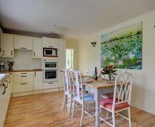 Snaptrip - Last minute cottages - Stunning St Agnes Cottage S80159 - Kitchen