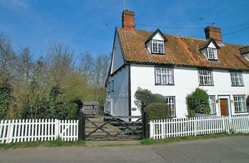 Snaptrip - Last minute cottages - Exquisite Halesworth Cottage S17909 -