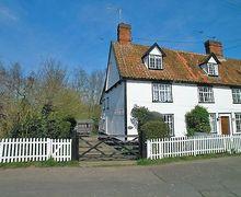 Snaptrip - Last minute cottages - Exquisite Halesworth Cottage S17909 -