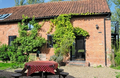 Snaptrip - Last minute cottages - Luxury Halesworth Cottage S17923 -