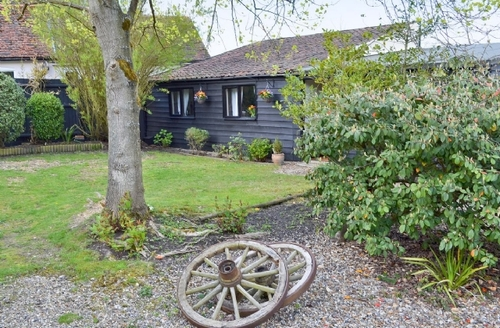 Snaptrip - Last minute cottages - Lovely Ipswich Cottage S17928 -