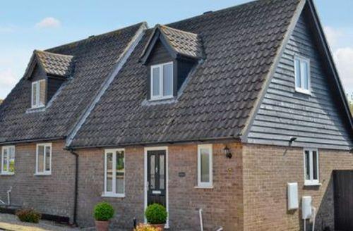 Snaptrip - Last minute cottages - Adorable Ipswich Cottage S17930 -