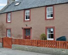 Snaptrip - Last minute cottages - Inviting Tain Cottage S80669 -