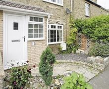Snaptrip - Last minute cottages - Gorgeous Lowestoft Cottage S17951 -