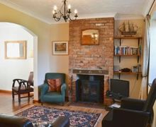 Snaptrip - Last minute cottages - Splendid Lowestoft Cottage S17959 -
