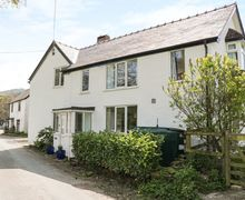 Snaptrip - Last minute cottages - Excellent Llanarmon Dyffryn Ceiriog Cottage S80808 -