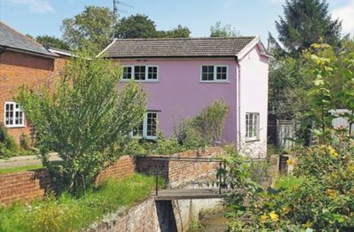 Snaptrip - Last minute cottages - Captivating Saxmundham Cottage S17972 -