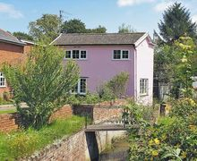 Snaptrip - Last minute cottages - Captivating Saxmundham Cottage S17972 -