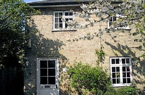 Snaptrip - Last minute cottages - Wonderful Saxmundham Cottage S17975 -