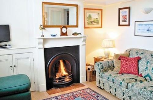 Snaptrip - Last minute cottages - Delightful Southwold Cottage S18001 -