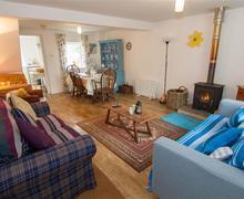 Snaptrip - Last minute cottages - Lovely Burnham Market Cottage S71120 -