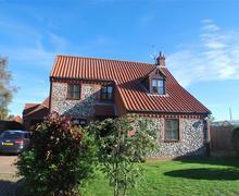 Snaptrip - Last minute cottages - Exquisite Burnham Market Cottage S71255 -