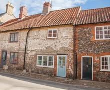 Snaptrip - Last minute cottages - Delightful Little Walsingham Cottage S71193 -