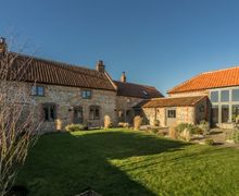 Snaptrip - Last minute cottages - Charming Field Dalling Cottage S71135 -