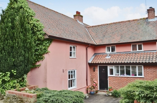 Snaptrip - Last minute cottages - Splendid Stowmarket Cottage S18035 -