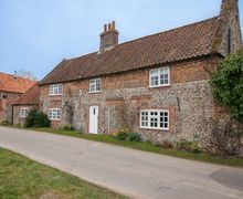 Snaptrip - Last minute cottages - Charming Great Snoring Cottage S71345 -