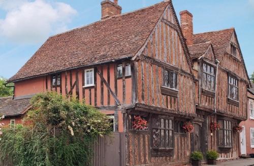 Snaptrip - Last minute cottages - Splendid Sudbury Cottage S18054 -