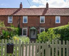 Snaptrip - Last minute cottages - Inviting Kirton Cottage S71222 -