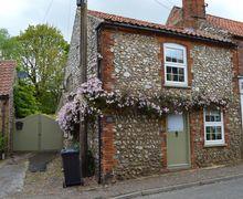 Snaptrip - Last minute cottages - Quaint Syderstone Cottage S71353 -