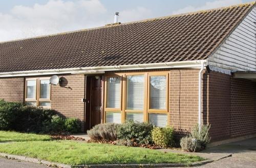 Snaptrip - Last minute cottages - Lovely Woodbridge Cottage S18084 -