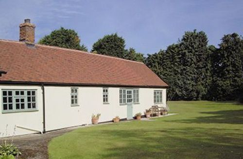 Snaptrip - Last minute cottages - Beautiful Colchester Cottage S18096 -