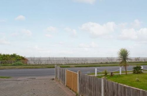 Snaptrip - Last minute cottages - Excellent Colchester Cottage S18112 -
