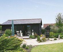 Snaptrip - Last minute cottages - Captivating Maldon Cottage S18128 -