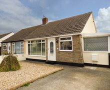 Snaptrip - Last minute cottages - Excellent Abergele Cottage S81235 -