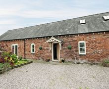 Snaptrip - Last minute cottages - Adorable Chester Cottage S18140 -