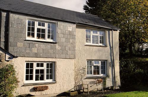 Snaptrip - Last minute cottages - Stunning Launceston Cottage S1506 - Garden Cottage