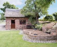 Snaptrip - Last minute cottages - Luxury Chester Cottage S18154 -