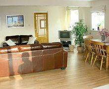 Snaptrip - Last minute cottages - Charming Nantwich Cottage S18164 -