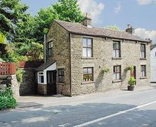 Snaptrip - Holiday cottages - Exquisite Macclesfield Cottage S18165 -