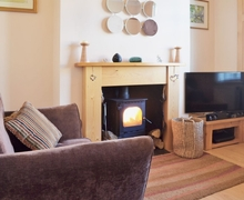 Snaptrip - Last minute cottages - Captivating Macclesfield Cottage S18171 -