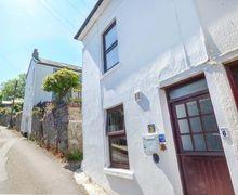 Snaptrip - Last minute cottages - Excellent Newlyn Cottage S81479 -