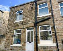 Snaptrip - Last minute cottages - Luxury Barnoldswick Cottage S81487 -