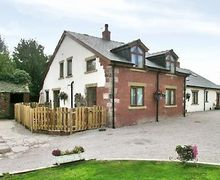 Snaptrip - Last minute cottages - Exquisite Blackpool Cottage S18185 -