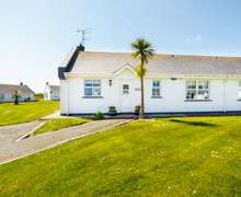 Snaptrip - Last minute cottages - Inviting Wexford Cottage S81589 -
