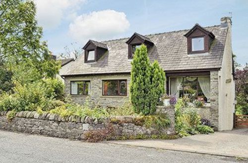 Snaptrip - Last minute cottages - Adorable Clitheroe Cottage S18221 -